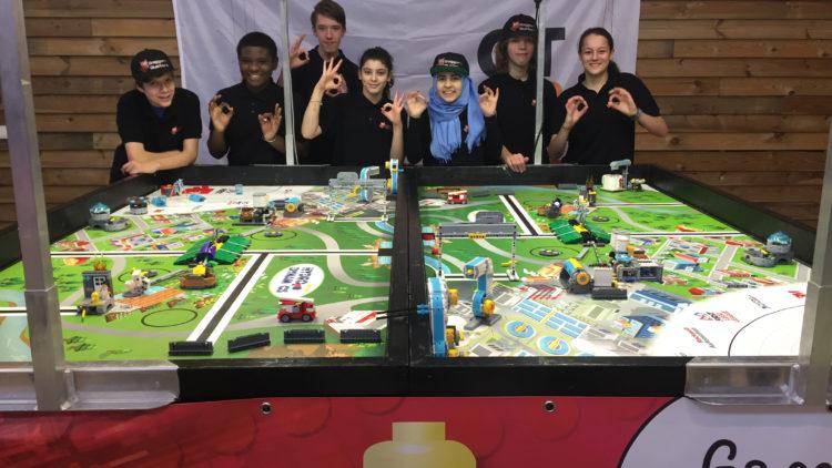 De Baggerbusters winnen regiofinale in Naarden.